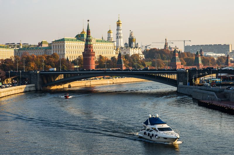 Москва просыпаетсяphoto preview