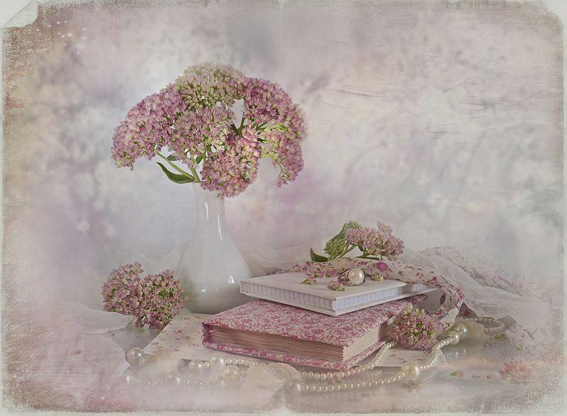 натюрморт книги букет утро жемчуг розовый винтаж ретро Натали...photo preview