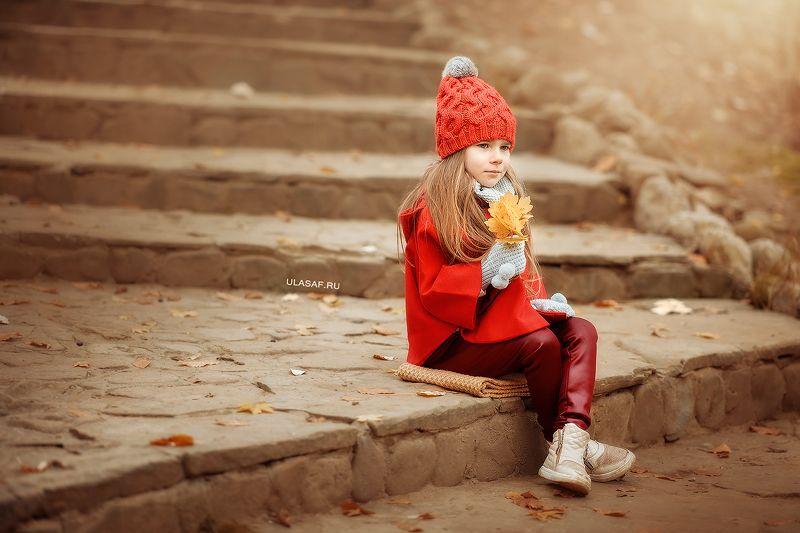 портрет, осень, девочка, girl, солнышко, лучи, happy, happiness, сказка, волшебство, autumn, грусть Ликаphoto preview
