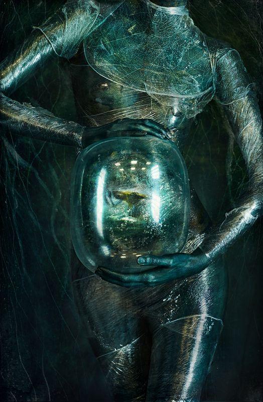 портрет, планета, жизнь, обитатель, встреча, цвет, шар, эмбрион, рождение, вода, планета, переселение, встреча, невероятность, нептун, кеплер Обитательphoto preview