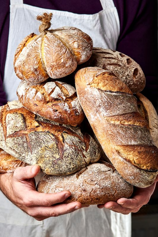 food, bread, baking, Ukraine,Lviv Baker and his breadphoto preview