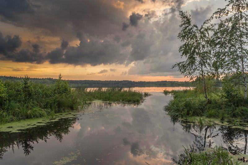 вечер, озеро, облака, гроза Гроза надвигаетсяphoto preview