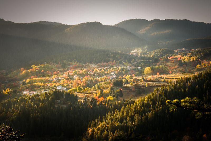 #rays, #autumn, #smolyan, #bulgaria, #house, #sunset, #travel, #journey, #rhodope_mountains Последние лучиphoto preview