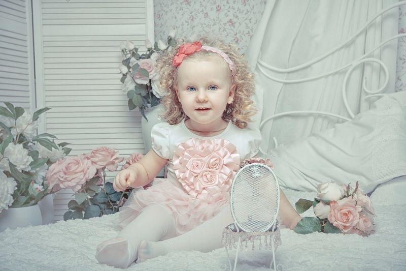 студия, дети, девочка Принцеска :)photo preview