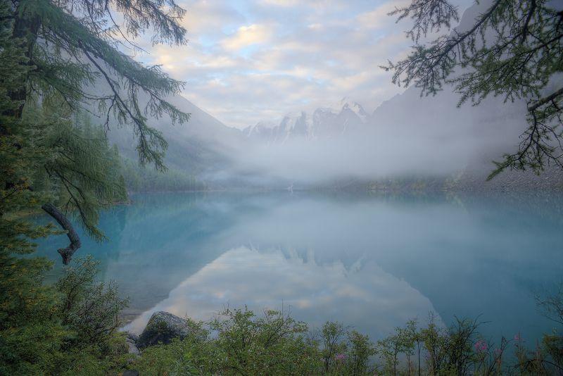 шавлинское озеро. горный алтай. Растворяясь в волшебствеphoto preview