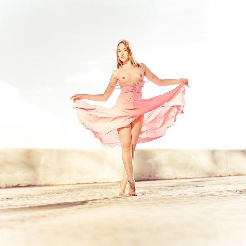 девушка, платье, ню, город ***photo preview