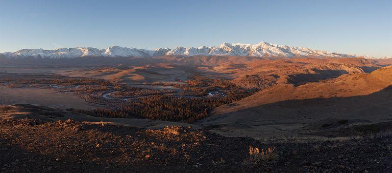 Горный Алтай, Курайская степь, Северо-Чуйский хребет, горы Утро в Курайской степиphoto preview