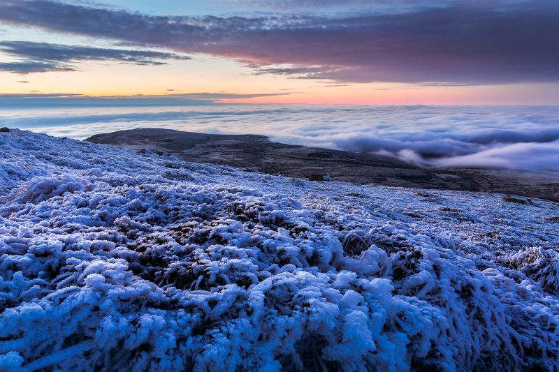 #sunset #bulgaria #vitosha #winter #cold #ice #cherni vrah #mountain When the cold drawsphoto preview