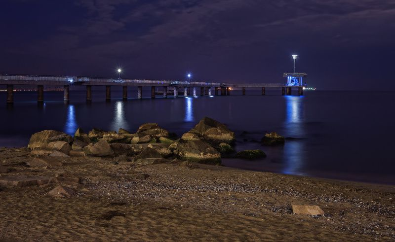 ночь, фонари, мост, море, камни, берег, набережная, бургас, болгария Ночная набережнаяphoto preview