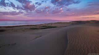 Пески Монгол-Элс