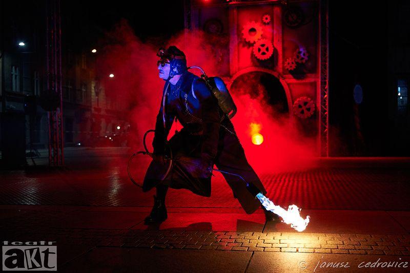 theatre,art,performance,show,happening,streetart,street,streettheatre,artist,actor,concert,fireshow,fire,industrial, ...photo preview