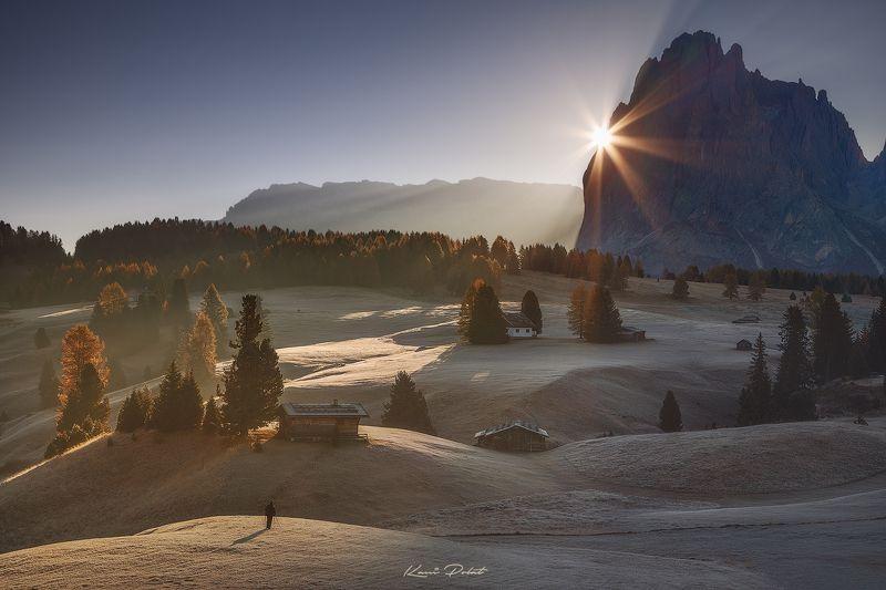 Shooting sunrise in Alpe di Siusi фото превью