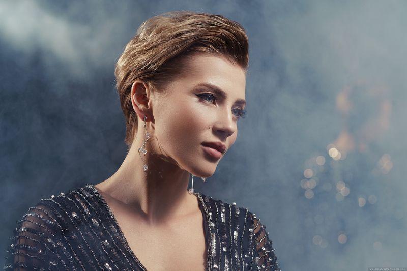 портрет, девушка, гламур, украшения, дым, отражения, взгляд, глаза, мейк Светланаphoto preview