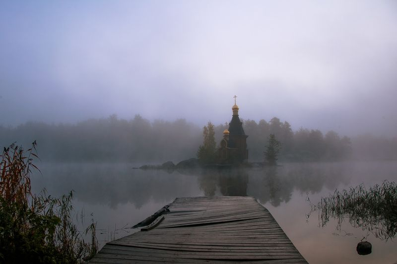 храм, церковь, рассвет, река, небо, утро, осень Дорога к храмуphoto preview