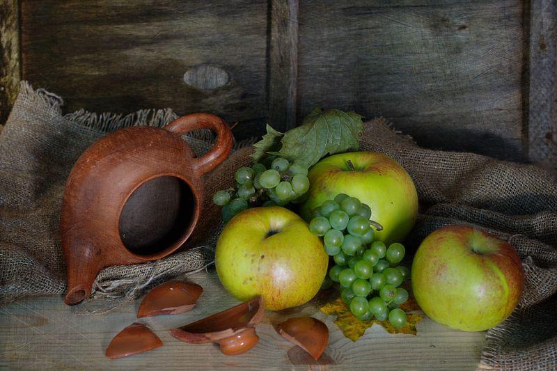 чайник,разбитая крышка,натюрморт,яблоки,вера павлухина, ***photo preview