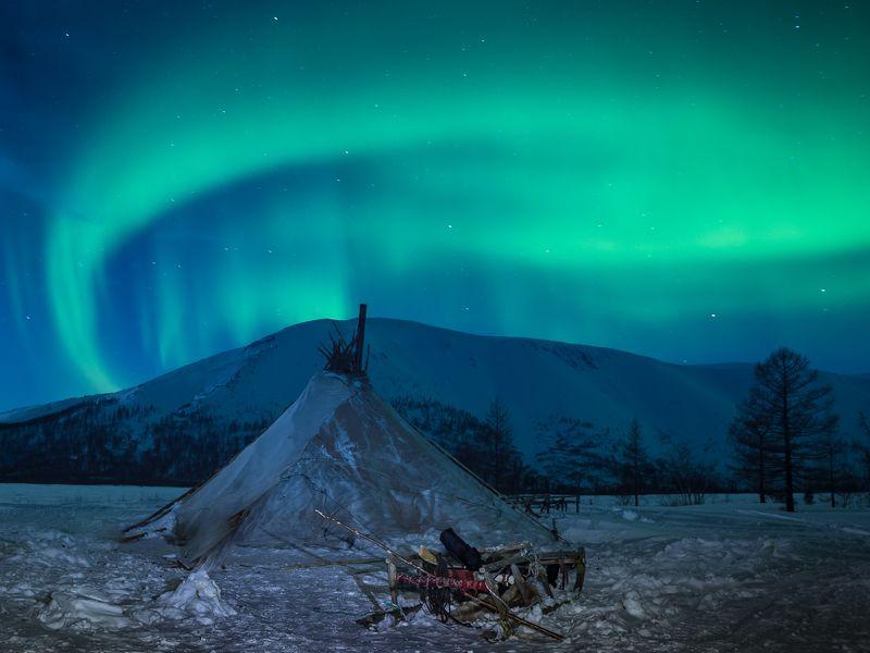 ямал, полярный урал, чум, северное сияние, снег, оленеводы Живут же люди!photo preview