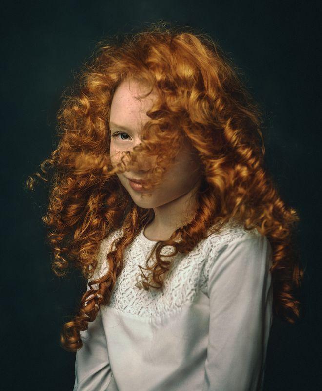 портрет, ребенок, рыженькая, конопушки, рыжие волосы, рембрандт, портрет рыженькой девочки Катяphoto preview