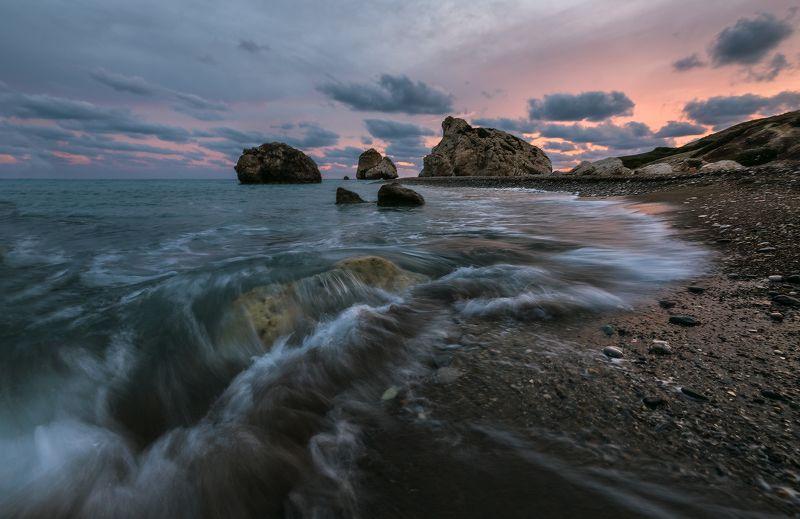 кипр камень афродиты легенда Легенды Кипра. Камень Афродитыphoto preview