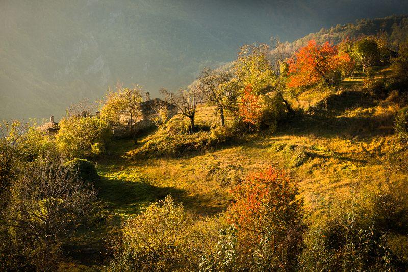 #autumn #bulgaria #rhodope_mountains #sunrise #village \