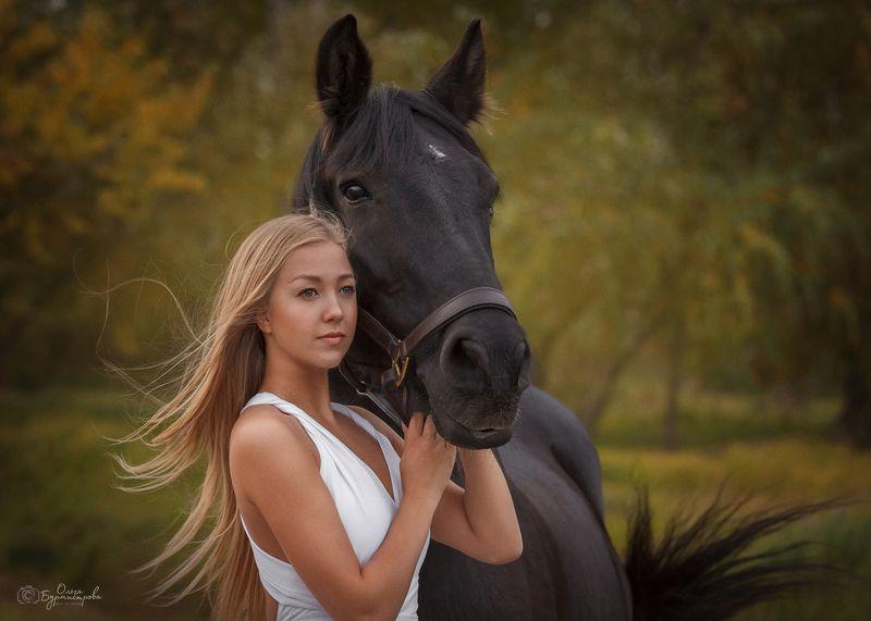 фото в образе, тематическое фото, девушка с лошадью, конная прогулка ***photo preview