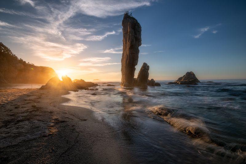 приморский край море солнце рассвет владивосток заповедник скалы Заповедное Приморьеphoto preview
