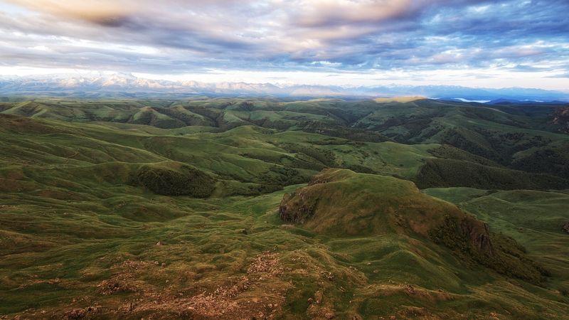 кавказ,горы,плато,склоны,утро Бархатистые склоны.photo preview