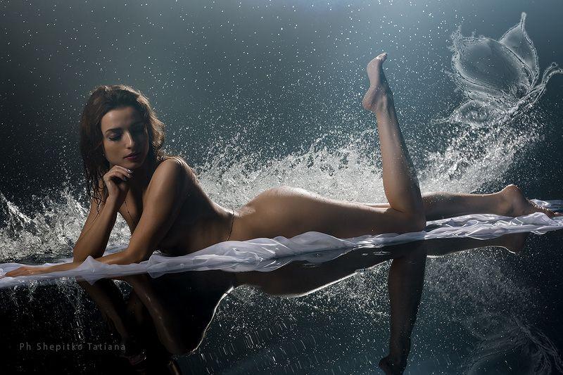 девушка, вода,  красивая, фотосессия, Шепитько, брызги, аква, всплеск, ню, арт photo preview