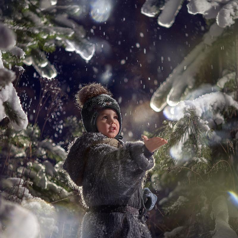Дети зима снег сказка детский фотограф Сказка к нам приходитphoto preview