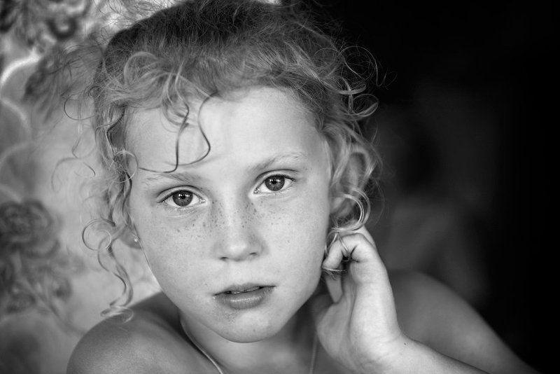портрет, девочка Лизаphoto preview