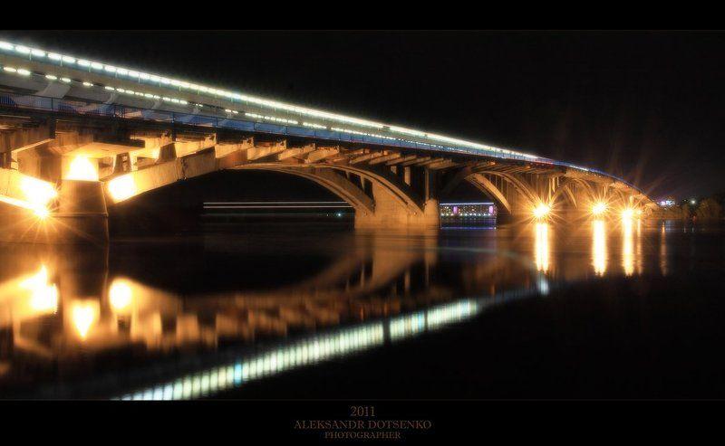 мост, метро Мост который построил Фуксphoto preview