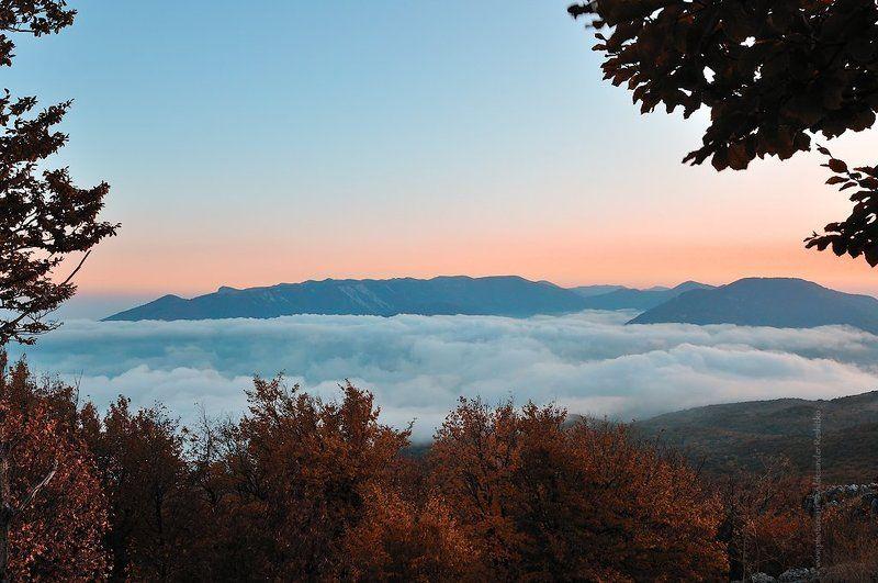осень, крым, бабуган Осенью в горахphoto preview