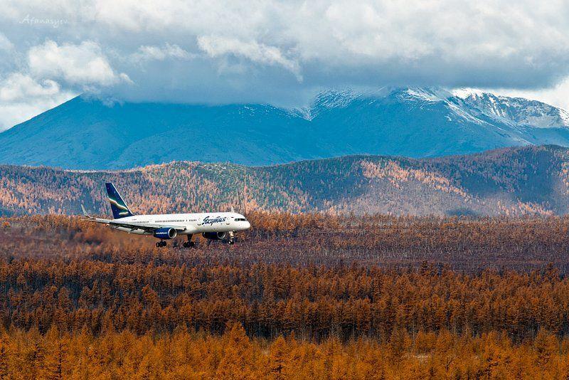магадан, аэропорт, сокол, боинг, якутия, посадка, взлет, воздушное судно, колыма, осень ***photo preview