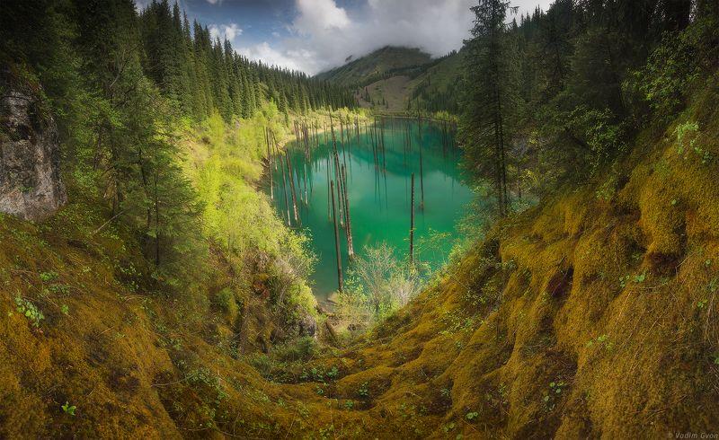 казахстан, алматы, каинды Изумруд озера Каиндыphoto preview