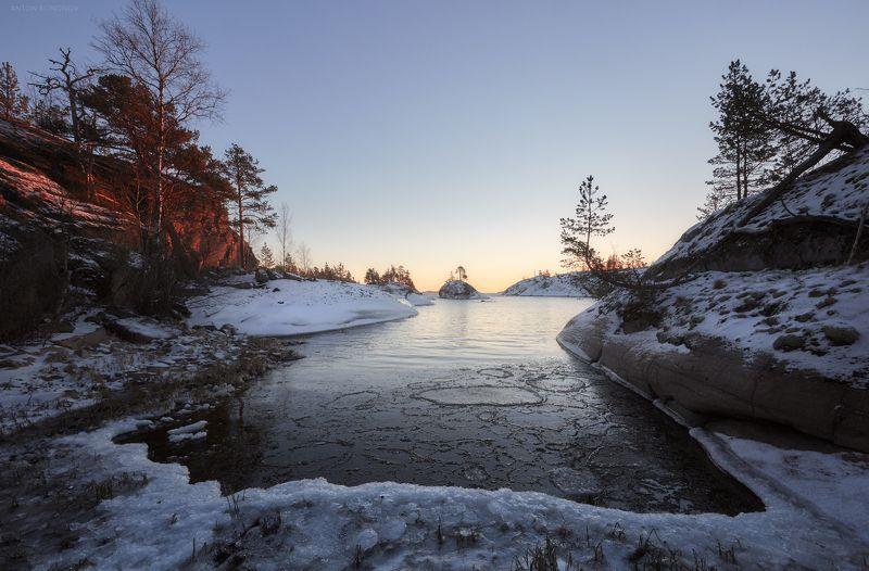 Ладога, рассвет, лёд На рассветеphoto preview