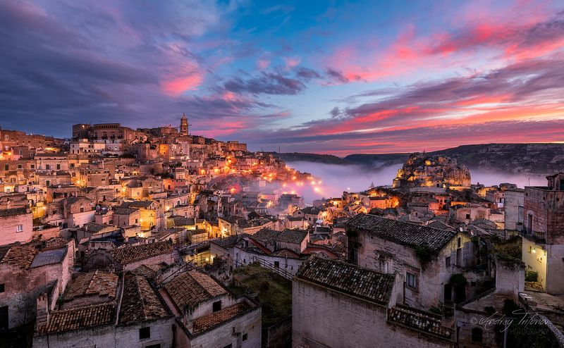 matera, Italy, cityscape, old town, history, ancient, sunrise, fog, town, sky, clouds Materaphoto preview