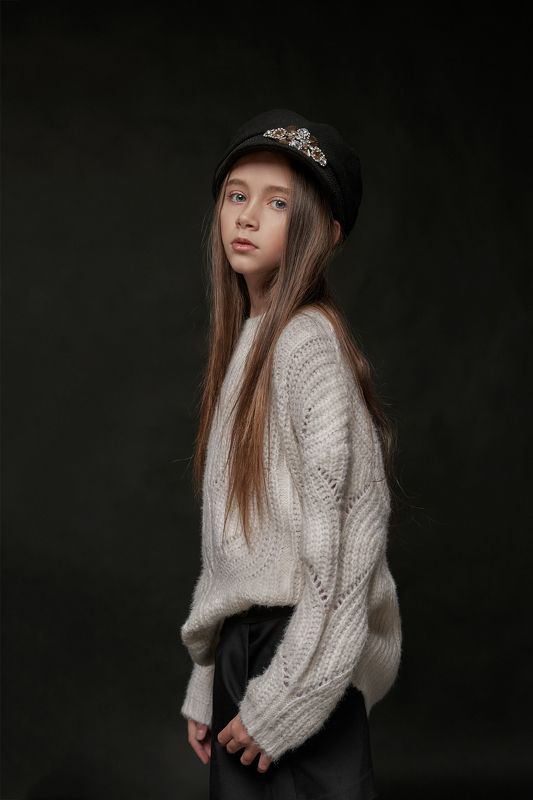 девочка,дети,портрет,студия,фэшн,50мм,глаза,красивая,fashion,family,kidsfashion,kids,young,girl,posing,beautiful,studio,portrait,50mm,nikon Васяphoto preview