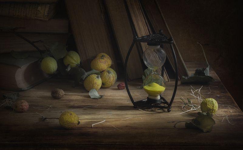 натюрморт,песочные часы Осеньphoto preview