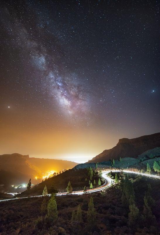 ночь, звёзды, млечный путь, астро, пейзаж Звёзды над перевалом в деревушку Фатагоphoto preview