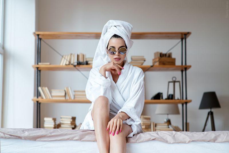 девушка, портрет, ванная, белье, полотенце, халат Iraphoto preview