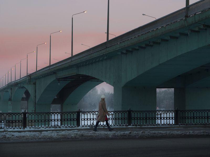 street, мост Мост и девушкаphoto preview