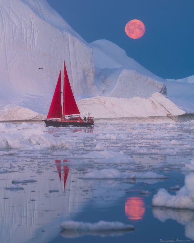 Гренландия Восход луныphoto preview