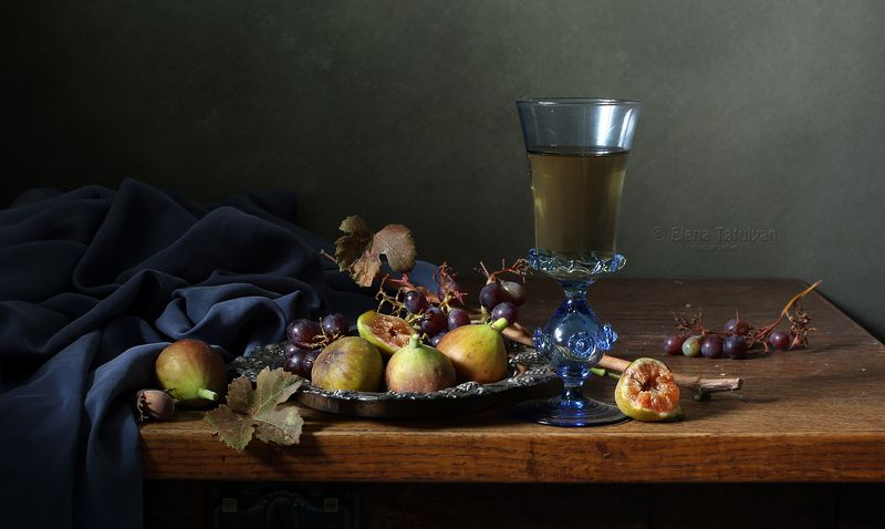 фиги, инжир, вино, виноград, фужер, лесное стекло, Фигиphoto preview