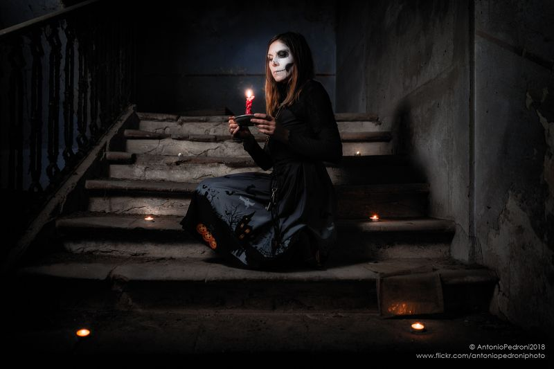 candles, model, modella, urbex, portrait, halloween, stairway, house, abandoned the night is darkphoto preview