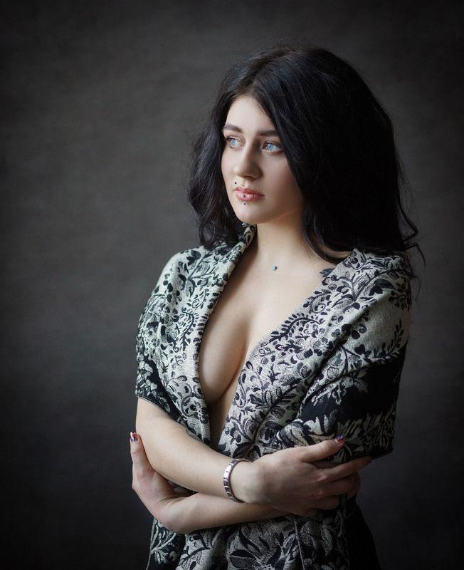 девушка, портрет Еленаphoto preview