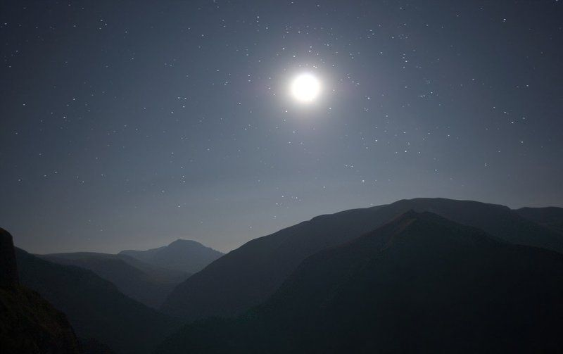 оштен, луна, цица Подлунные горыphoto preview