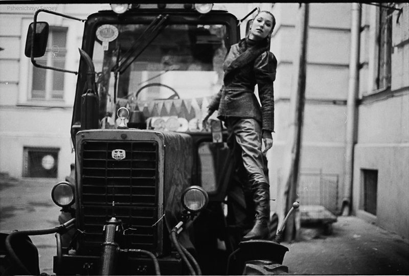портрет, жанр, пленка, 35 мм черно-белоеphoto preview