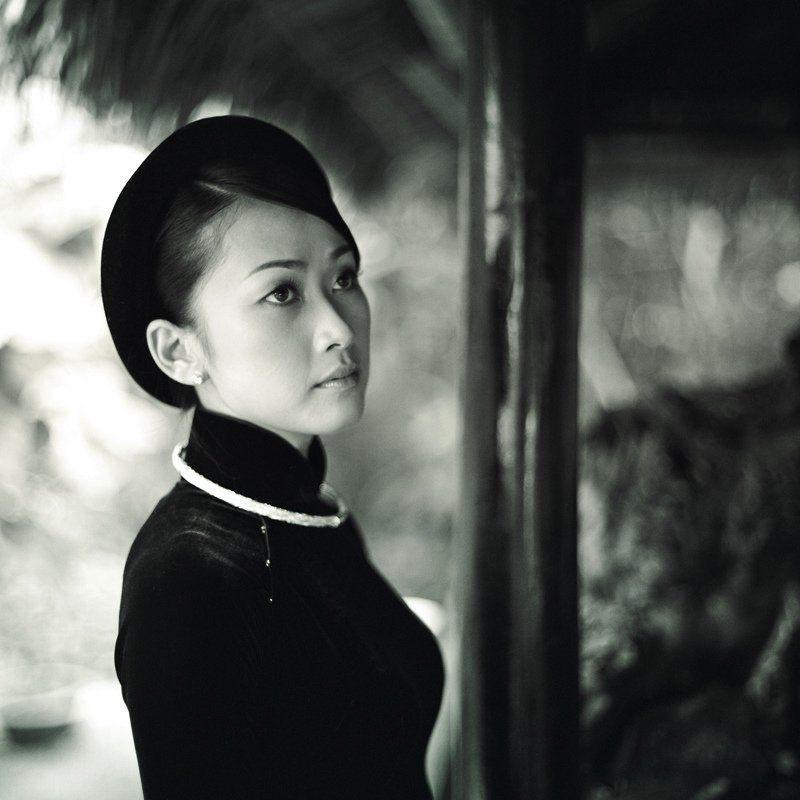vietnam, lady Nha Uyenphoto preview