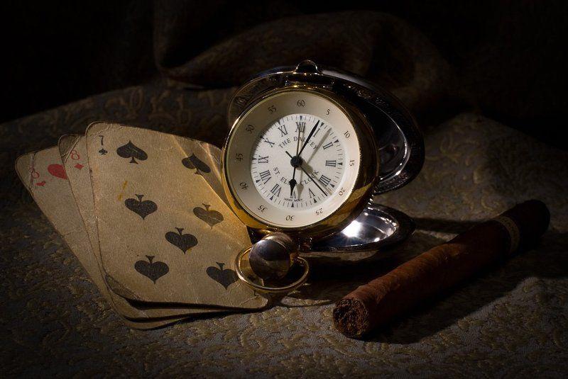 натюрморт, сигара, часы, карты photo preview
