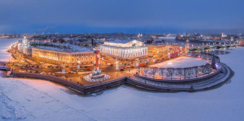 Квадрокоптер, город, пейзаж Стрелка Васильевского острова, Санкт-Петербургphoto preview