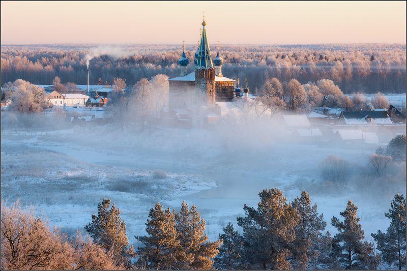 россия, ивановская обл, дунилово Солнце по верхушкамphoto preview